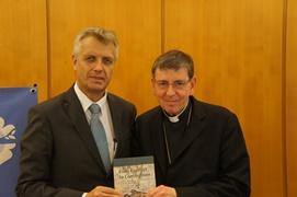 """Geenralsekretær Martin Junge, LVF og Kardinal Koch, Den katolske Kirke præsenterer """"From conflict to Communio"""". Foto: © LWF/S. Gallay"""